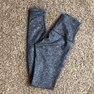 High waist lululemon wunder under leggings size 4